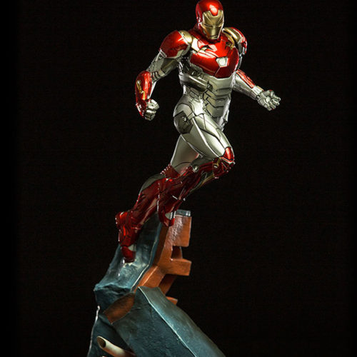 statue spider-man homecoming