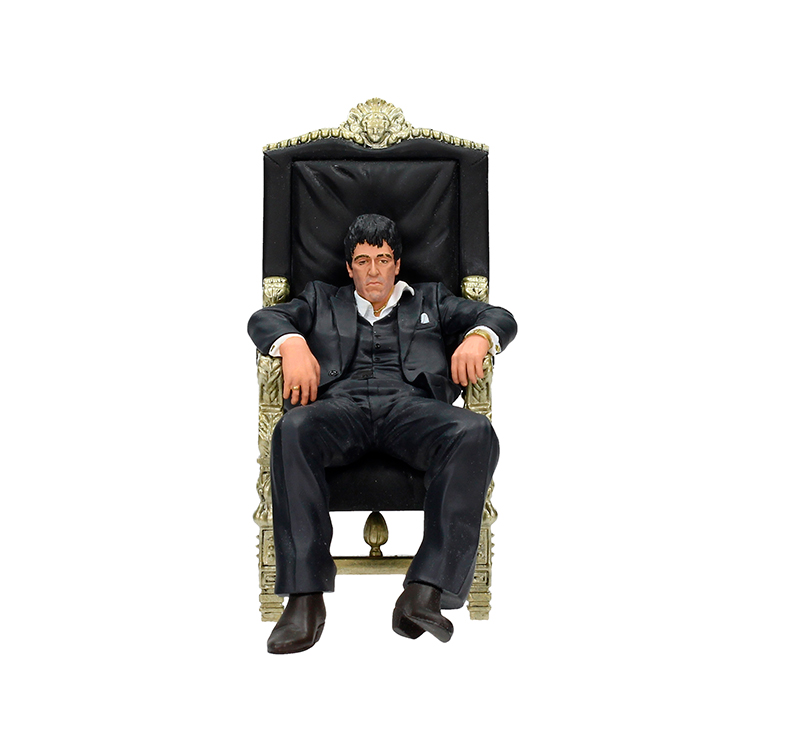 Scarface tony montana in his chair fig master of the games for Poltrona scarface